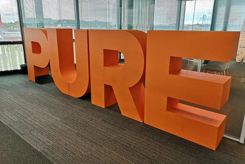 سامانه سبز رایان   samaneh sabz   Pure Storage خدمات ذخیرهسازی